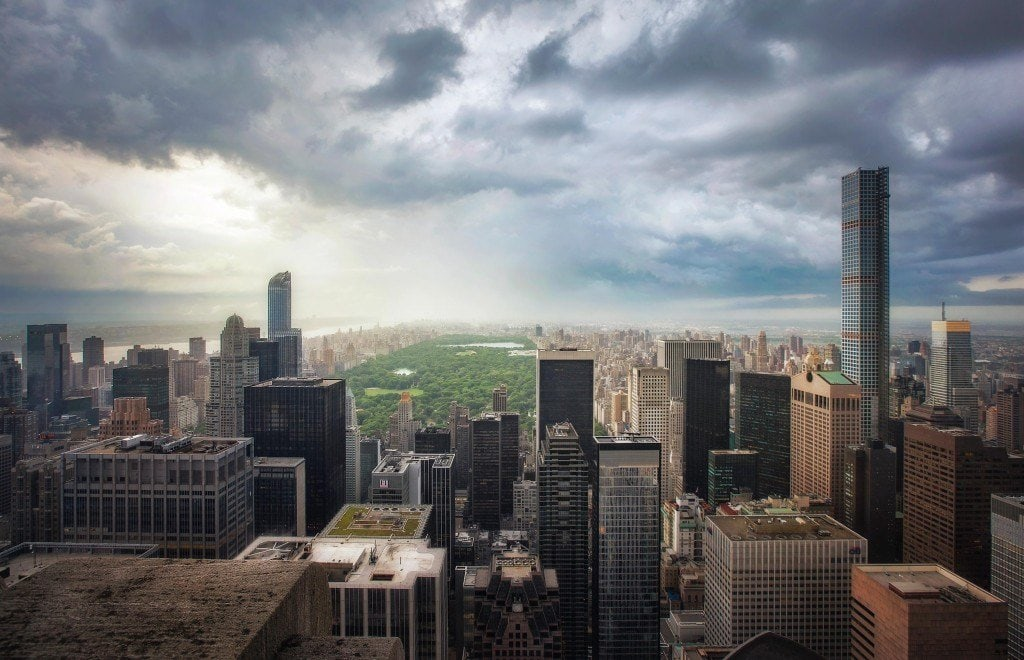 Blending-Light-HDR-Photography-Cloudy-City