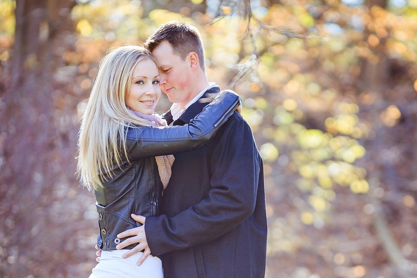Bundle-Two-Beautiful-Lightroom-Presets-Portrait-Sunshine-Wedding-Blogger-Fall After