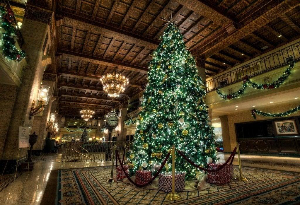 HDR-Photography-Royal-Christmas-Tree