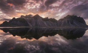 Blending-Light-HDR-Photography-Vestrahorn-Mountain
