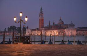 HDR-Photography-Peaceful-Morning-in-Venice